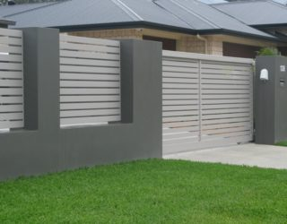 Rendered wall and pillars with Aluminium slats